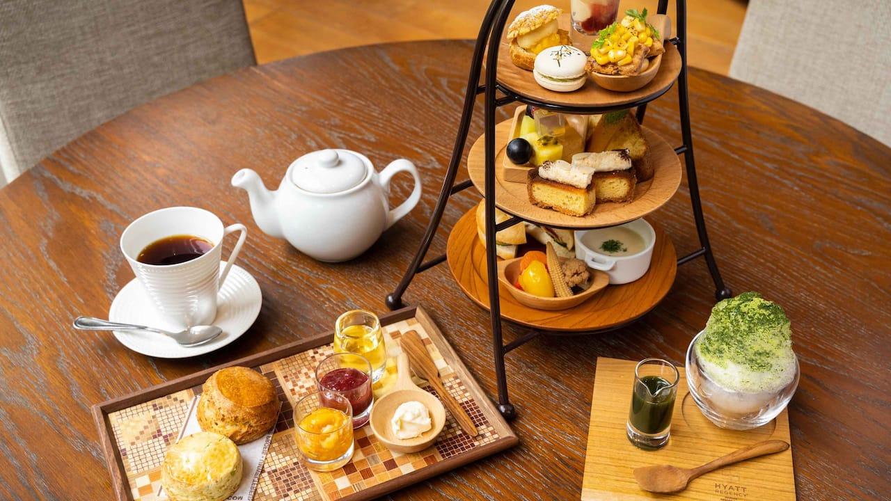 Hyatt Regency Hakone Resort & Spa| Living Room Afternoon Tea Summer Breeze