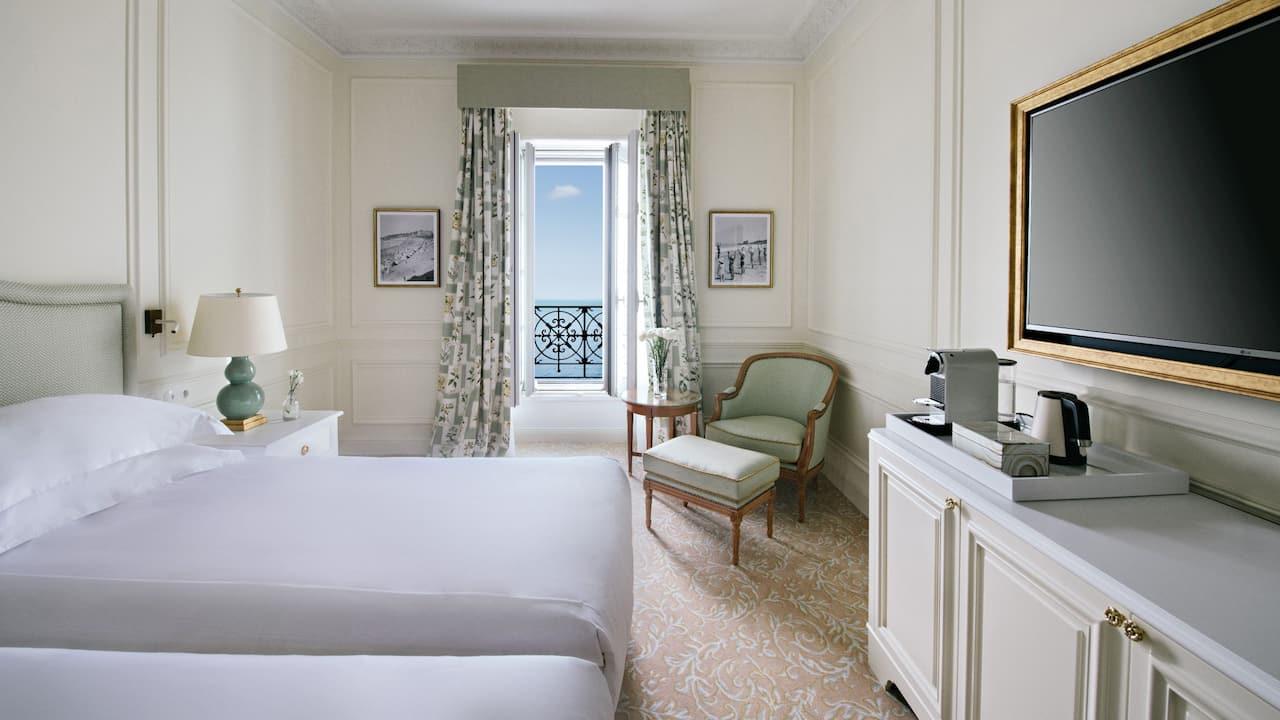 Twin Ocean View Room at Hotel du Palais