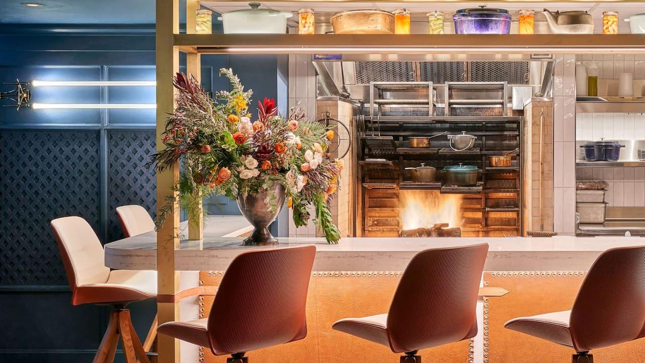 Restaurant Bar Kitchen