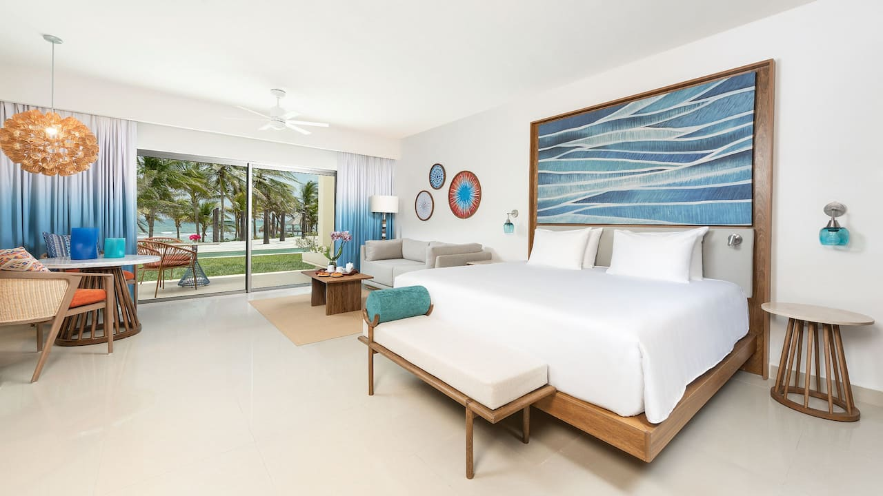 Ocean Front Junior Suite Pool