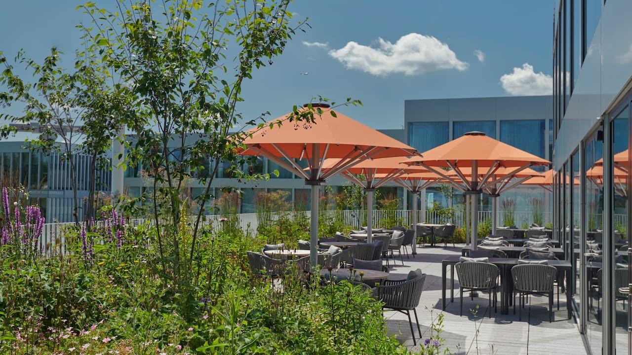 Regency Club Lounge Terrace