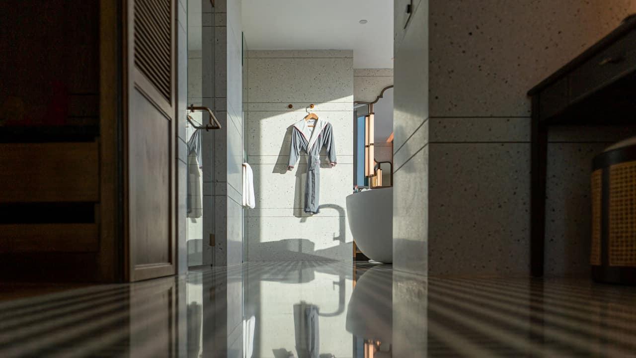 Andaz Suite Bathroom