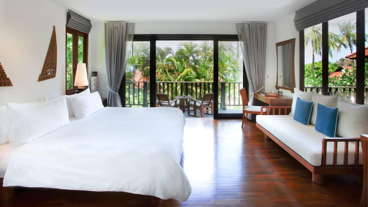 Pavilion Suite 1 Bedroom with Garden View