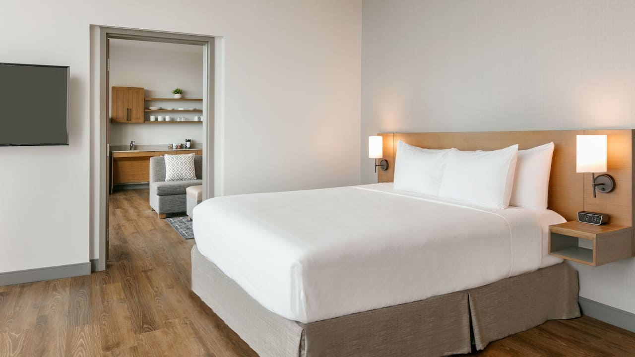 Accessible Standard Suite Bed