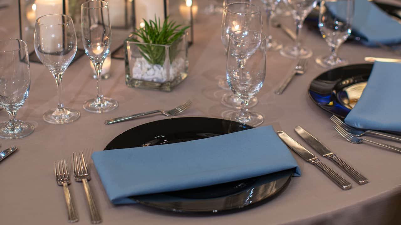 Oakdale Social Ballroom Dinnerware