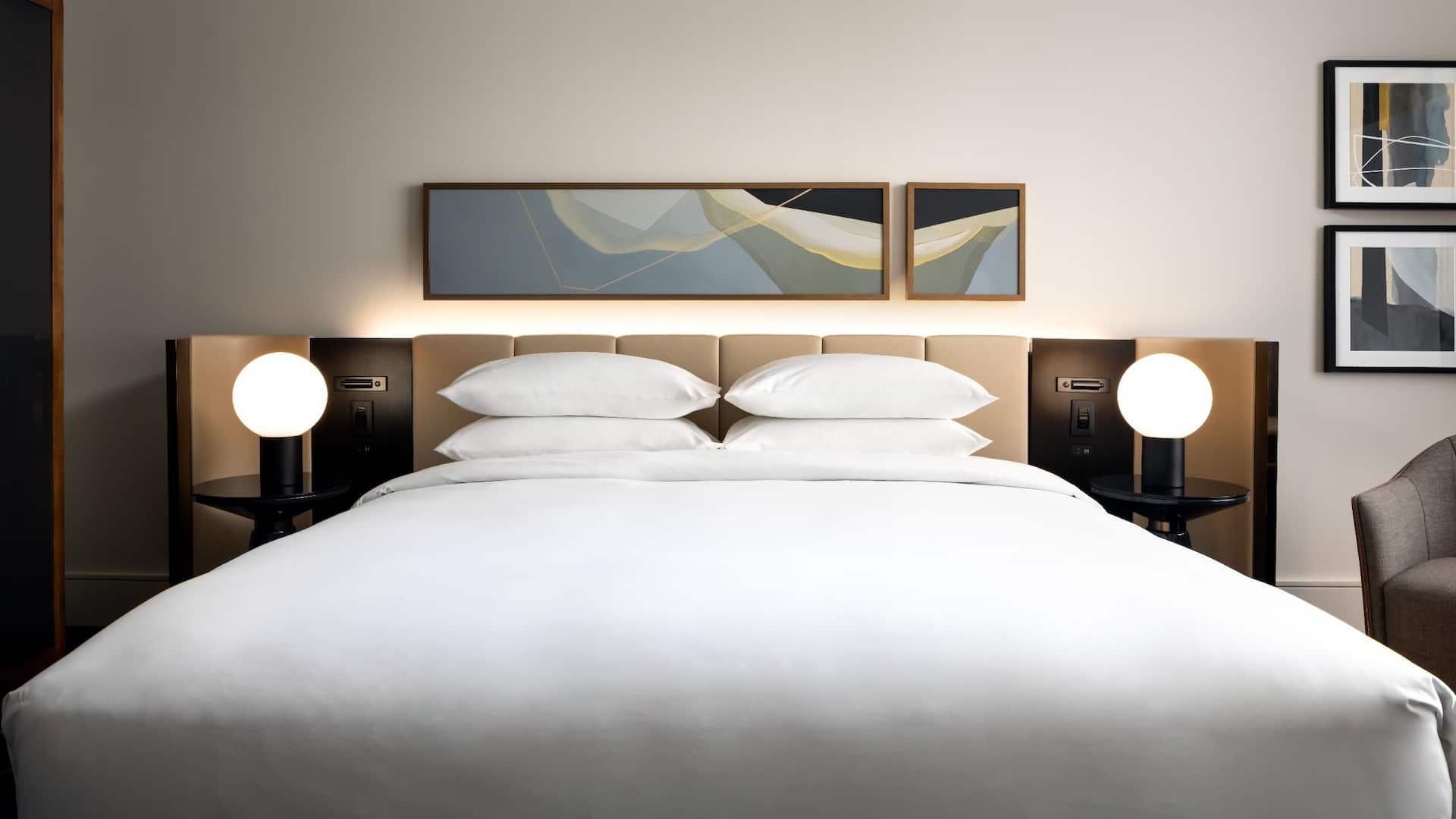 Corner Suite King Bedroom