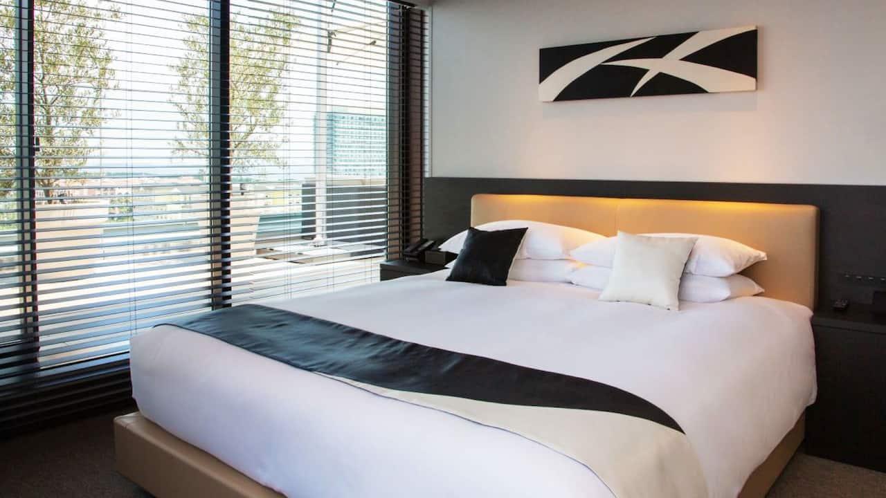 Hyatt Regency Tokyo Bay Ocean View Terrace Suite King Bed
