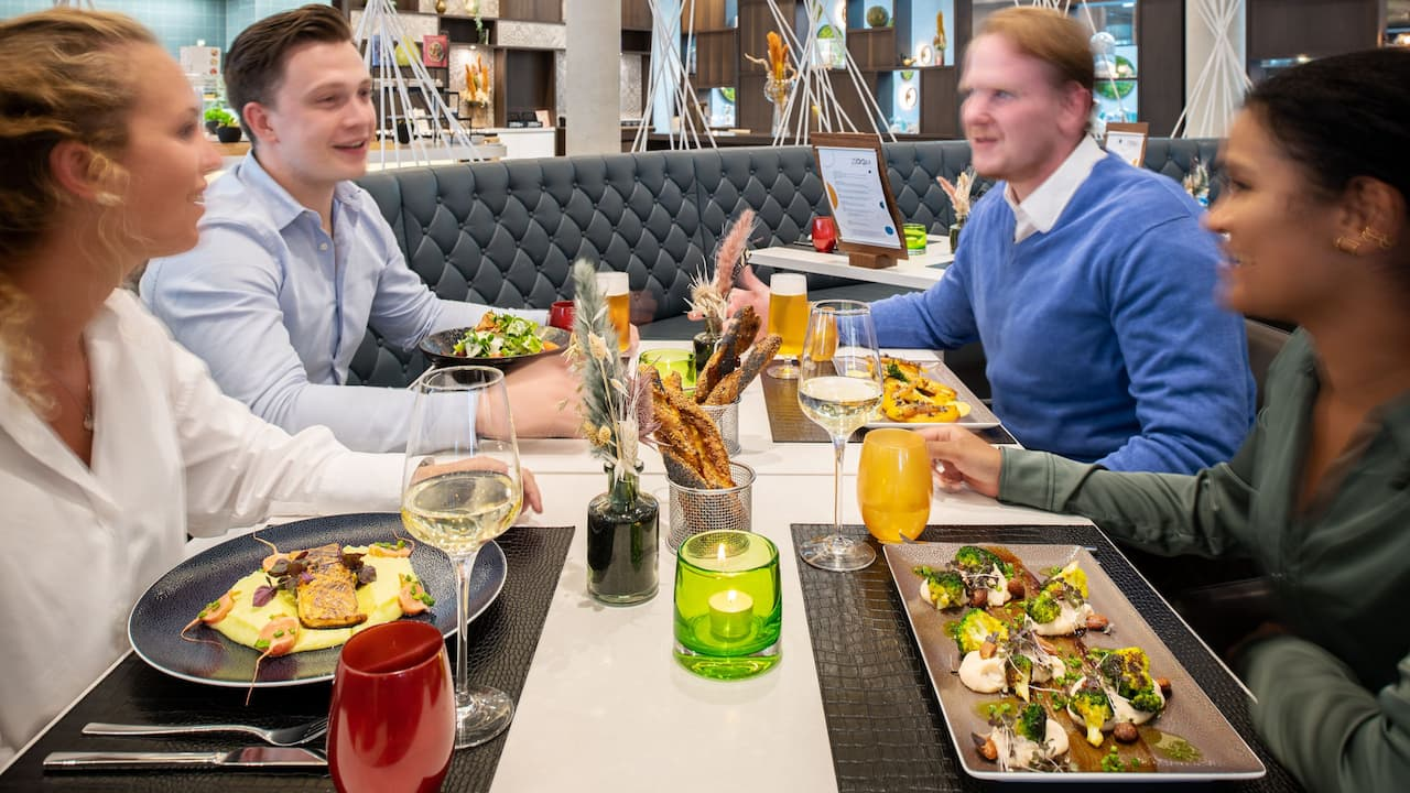 Zoom Restaurant, stylish atmosphere and delicious meals
