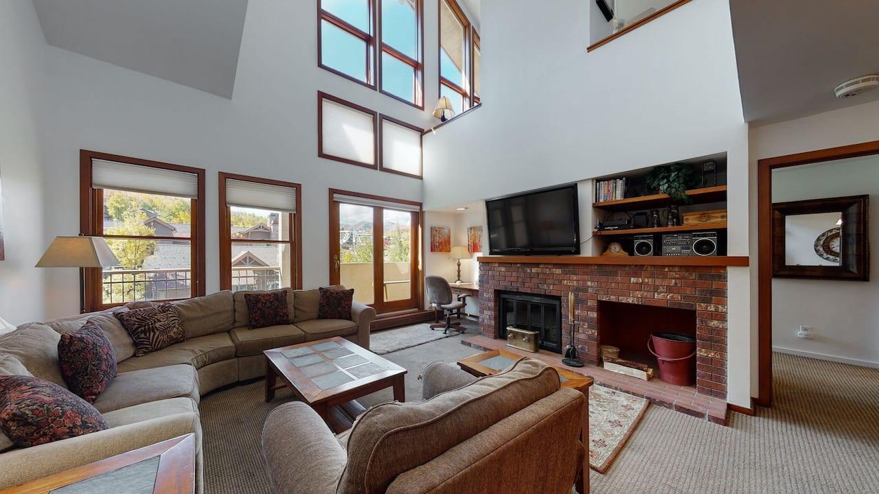 Residence 56 Living Room